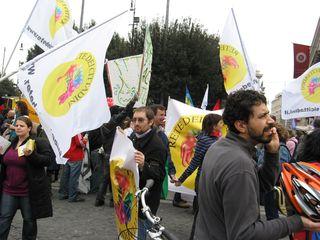 Manifestaz20 marzo 006